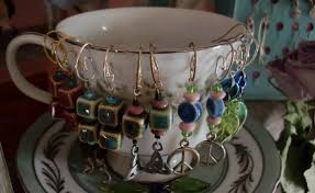 Original Yet Simple And Cute Jewelry Display Ideas From A Teacup Used As An Earrings