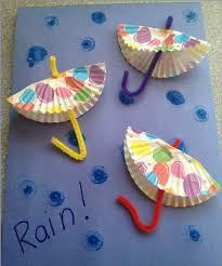 DIY Rainy Day Paper Umbrellas