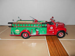 100 First Fire Truck Texaco 1960 Mack B61 Pumper Paragon Oil Gear 134