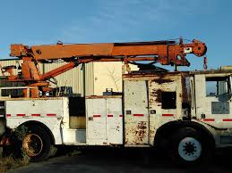 INTERNATIONAL DIGGER DERRICK TRUCKS FOR SALE