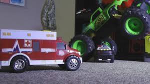 100 Monster Truck Mayhem POLICE SQUAD VS MONSTER TRUCK MAYHEM Toy Cars ACTION Hotwheels