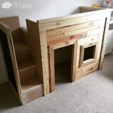 Kids Pallet Bed Playhouse