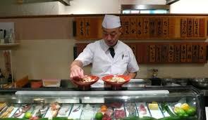 restaurant japonais chef cuisine devant vous comment repérer un vrai resto japonais et ne plus tomber dans le