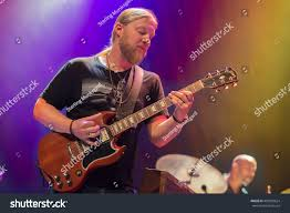 Oakland CAUSA 9916 Derek Trucks Tedeschi Stock Photo (Royalty Free ... Derek Trucks The Allman Brothers Band Performing At The Seminole 24 Years Ago 13yearold Opens For Brizz Chats With Of Review Tedeschi Jams Familystyle Meadow Brook Needle And Damage Done Gregg Warren Haynes Signed Autograph Electric Guitar Core Relix Media To Exit