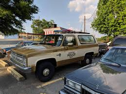 Any GM Truck Enthusiasts Out There? I'm Replicating This K5 Blazer ...