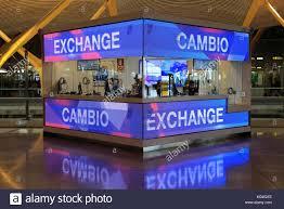 bureau de change dublin airport currency exchange airport stock photos currency exchange airport