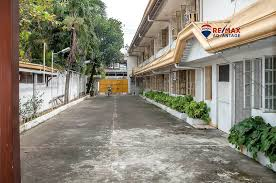 100 Venus Bay Houses For Sale Residential Building In Iloilo City REMAX