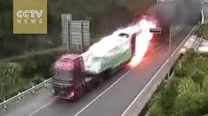 100 Southwest Truck And Trailer Catches Fire In Tunnel Driver Avoids Catastrophe YouTube