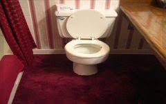 badezimmer teppichboden waschbecken badezimmermöbel