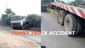 Funny Truck Accident In India | Gurugram - YouTube
