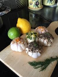 gift box the kitchen wizard 15 gourmet smoked garlic bulbs