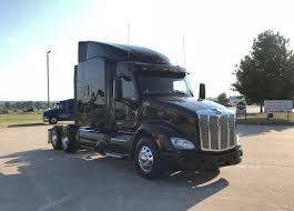 Used Peterbilt Trucks | Paccar Used Trucks | TLG Peterbilt 379 Wikipedia The Classic King Of The Highway 2005 Used 335 Snow And Ice Dump At Valley Freightliner 2019 Heavy Duty Truck Peterbilt 389 272064 Jx Trend Legends 579 Unveiling Midamerica Show Fleet Owner Fepeterbilt Truck 2jpg Wikimedia Commons Tandem Axle Sleeper Market Fitzgerald Glider Kits Custom Trucks Pinterest Peterbilt Paccar Financial Offer Complimentary Extended Warranty On