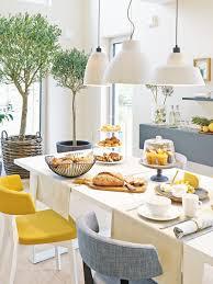 offene küche mit großzügigem essplatz wohnidee