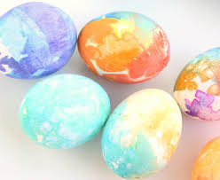 Autumns Tissue Paper Easter Eggs Bring All The Vibrant Color Of Traditional Dye Minus Mess Stress And Tricky Maneuvering