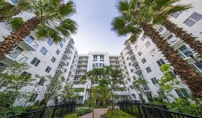 100 Apartments In Soma SoMa At Brickell Is A Luxury Apartment Community In Miami FL
