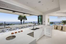 Love These Celebrity Homes That Are Fantastic Examples Of 2015 Kitchen Trends More 2015KitchenHomeDecorTrends On My Blog DESIGNINTERPRETER