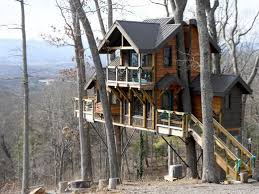 The Serenity Treehouse Just North Of Asheville Is Believed