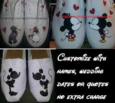 Mickey And Minnie Bathroom Accessories by Kissing Mickey Minnie Mouse Custom Painted Toms Vans Cute