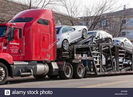 Auto Transport Tractor Trailer Truck - USA Stock Photo: 78547258 - Alamy