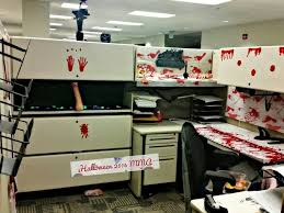halloween office decorations cubicle decoration 3 pinteres