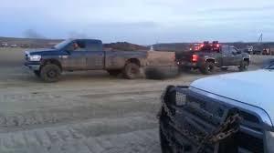 100 Truck Tug Of War Duramax Destroys Cummins In Tow
