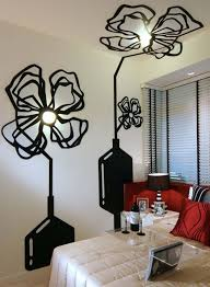 Creative Decorative Idea Wall Decoration With Beautiful Black Flowers