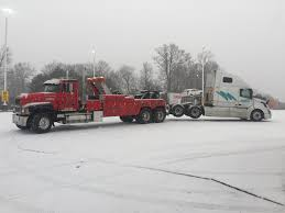 TRUCK-REPAIR-DUBLIN-VA-_-CD-HUBBARD-_-EQUIPMENT-REPAIR-_-SEMI-TRUCK ... Heavy Truck Repair I64 I71 North Kentucky Trailer Hernandez Offers 24 Hour Road Service In El Paso Tx Bakersfield Car Shop Mechanic Wills Auto Port Richey Fl Florida Fleet Are You Looking For An Excellent Trailer Repair Near At Ntts We Semi Trucks Duty Towing Roadside Mobile Diesel Lancaster Pa Pin Oak Medium Plainfield Naperville South West Chicagoland Fancing