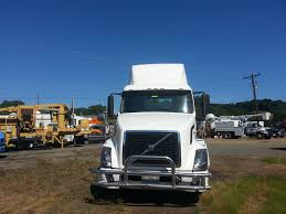 USED 2008 VOLVO VNL SINGLE AXLE DAYCAB FOR SALE IN PA #8440