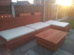 Pallet Patio Furniture Plans by Outdoor Pallet Sofa With Lights Diy