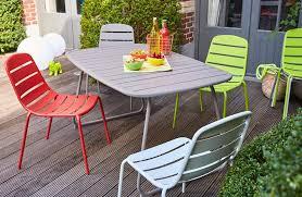 chaises carrefour carrefour la collection mobilier de jardin printemps été 2017