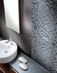 schwarze mosaikfliesen badezimmer mosaik mosaikfliesen