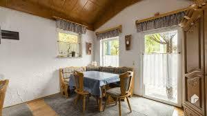 charmantes einfamilienhaus mit überdachter terrasse und ebk im schönen rimlingen