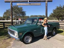 1972 Chevrolet Cheyenne For Sale | ClassicCars.com | CC-1061750 1971 71 Chevrolet Cheyenne Super Short Bed Pickup Sold Youtube 1972 72 Chevy Shortbed Truck Regular 1979 Trucks Accsories And Dealer Keeping The Classic Look Alive With This First Truck I Bought At 18 Except Mine For Sale Classiccarscom Cc1003836 1996 3500 Crew Cab Pickup Item Da 1977 K10 44 With 6313 Actual Original Miles Used 2013 Silverado 1500 Edition 4x4 For The 7 Best Cars To Restore C10 12 Ton