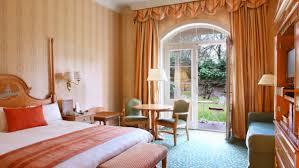 chambre disneyland hotel york disney chambre avec terrasse l hôtel où dormir