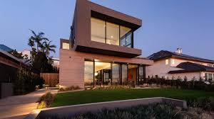 100 California Contemporary Homes A Santa Monica Home Emphasizes IndoorOutdoor Living