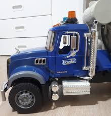100 Cement Mixer Toy Truck Bruder S Games Others On Carousell