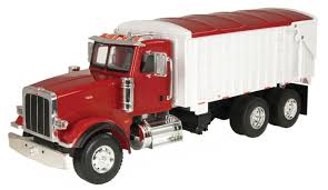 46184 1/16 Red Peterbilt Model 367 With Grain Box | Action Toys