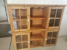 landhaus küchen hängeschränke mit glastüren und