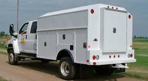 Utility Trucks - Class 5, 6, 7 Heavy Duty Enclosed Utility Trucks ...