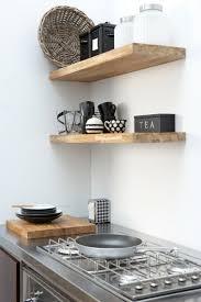 deco etagere cuisine idée décoration cuisine avec rangements ouverts etagere moderne