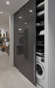 satniskrin skrin wardrobe slidinigdoor open kitchen