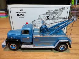 1957 International R-200 Tow Truck Storey Wrecker 1:34 Scale Diecast ...