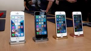 CON Apple to release tired iPhone yet again – The Paw Print
