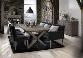 esszimmer mit schwarzem tischsofa gemütlich edel