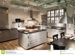 magasin de cuisine cuisine dans le magasin de meubles ikea image éditorial image du