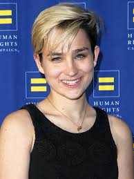 Halloween Wars Judges Season 5 by Bex Taylor Klaus Movies And Tv Shows Tv Listings Tvguide Com