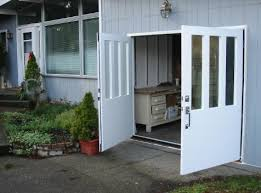 Choose the opening style that meets your garage door requirements Roll up in sections