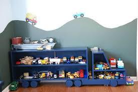 etagere pour chambre enfant etagère camion pour chambre de garçon