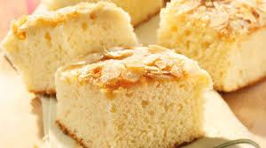 buttermilchkuchen mit mandelkruste rezept