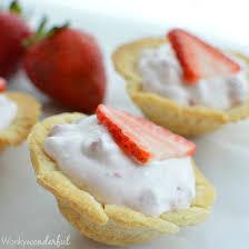 Skinny Mini Strawberry Pie Bites Strawberry Cream Pie Light Dessert Recipe